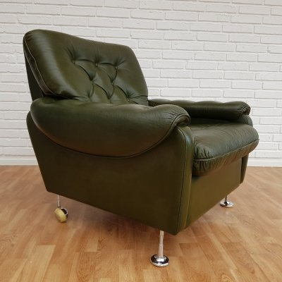 Danish lounge chair in Green leather, 1970s