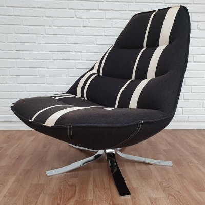 MS 68 lounge chair with swivel foot by Madsen & Schubell, 1990s