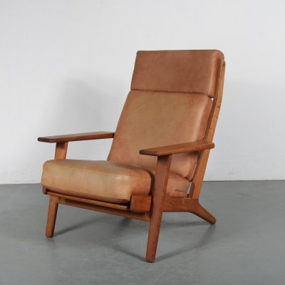 Scandinavian oak lounge chair by Hans J. Wegner for Getama, 1950s
