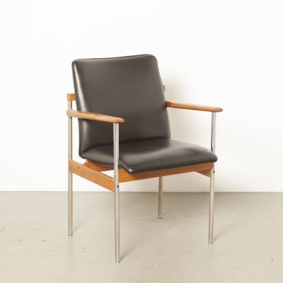 Thereca chair in teak