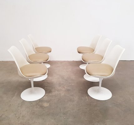Set of 6 early edition Eero Saarinen for Knoll Tulip chairs, 1960s