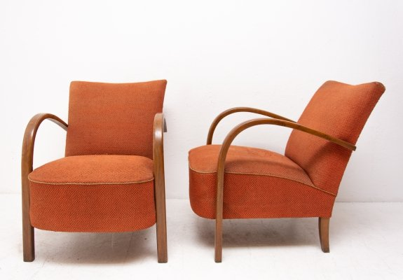 Pair of H-213 arm chairs by Jindřich Halabala for UP Závody, 1930s