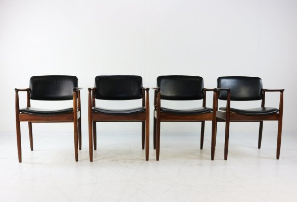 Set of 4 Danish design rosewood armchairs by Arne Vodder