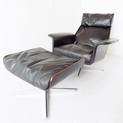 Hans Kaufeld Siesta 62 Black Leather Lounge Chair with ottoman by Jacques Brule
