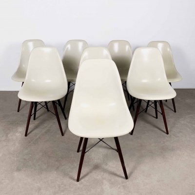 Set of 8 Fiberglass DSW Side Chairs by Charles & Ray Eames for Herman Miller, 1980s
