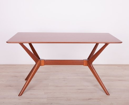 Mid-Century Helicopter Dining Table from G-Plan, 1960s
