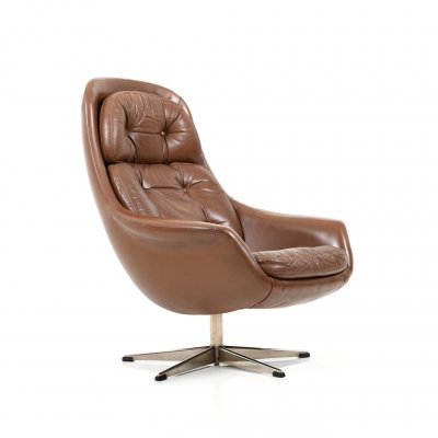 1960s Danish Swivel Lounge Chair in Brown Leather