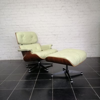 Eames lounge chair & ottoman in leather & rosewood, 1970s