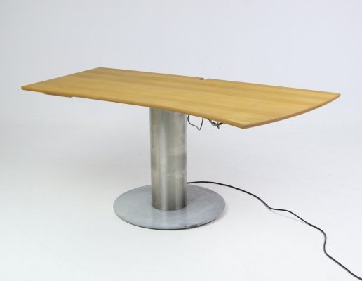 Ole Schmidt Sørensen adjustable desk