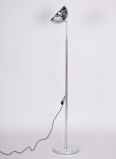 Functionalism Bauhaus Chrome floor Lamp, Period 1930-1939