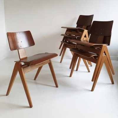 Set of 6 Mid Century 'Hillestak' Chairs by Robin Day for Hille, c.1950
