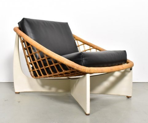 Rattan lounge chair in black leather by Gebr.Jonkers for Pastoe, 1960s