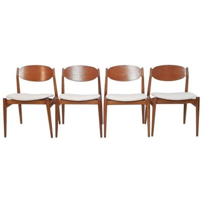 Set of 4 Midcentury Chairs by Leonardo Fiori for ISA Bergamo