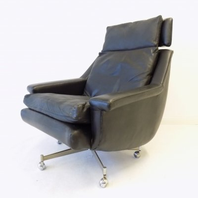 ESA modell 802 Danish Lounge Chair by Werner Langenfeld
