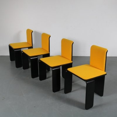 Set of 4 Black & yellow dining chairs by Design Centre MCGM, Belgium 1970s