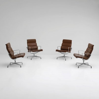8 x EA216 arm chair by Charles & Ray Eames for Vitra, 1980s