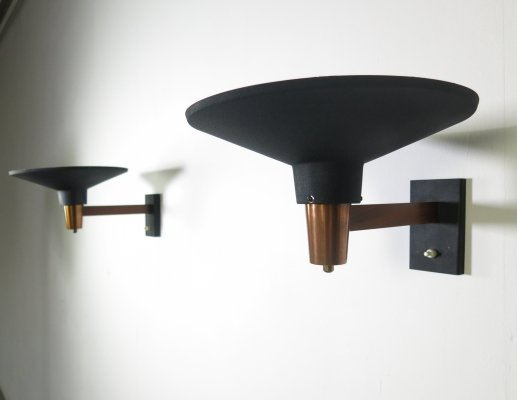 Pair of metal wall lamps with brass & teak details by Niek Hiemstra for Hiemstra Evolux, 1970s