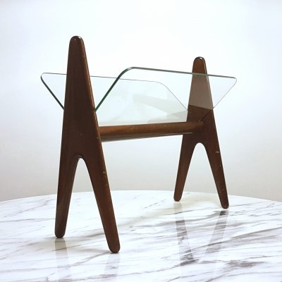 Mid century design magazine holder in wood & glass, Italy 1960s