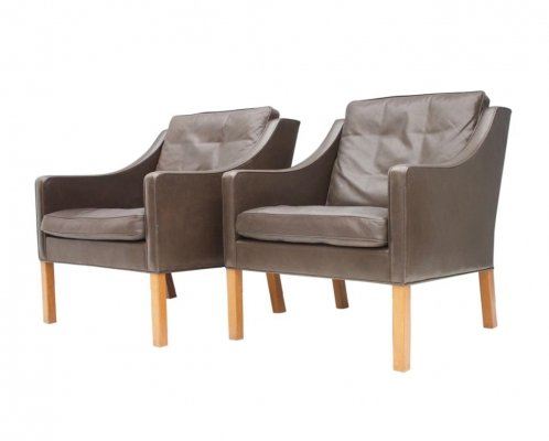 Pair of Børge Mogensen 2207 Lounge Chairs
