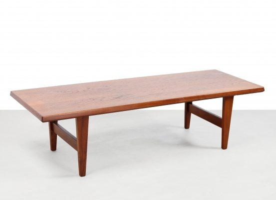 Teak Danish design coffee table by Egmund Jorgensen