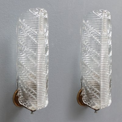 Pair of leaf shaped Murano clear glass sconces, Italy 1950s