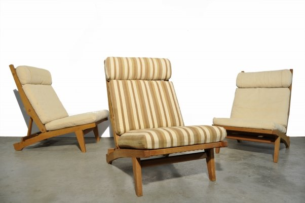 Rare solid oak lounge chairs by Hans J. Wegner for AP Stolen, Denmark 1960s