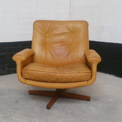 Leather Swivel Chair No. 126 by Sigurd Ressell for Vatne Møbler, 1970s