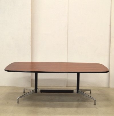 Segmented Rosewood dining table by Charles & Ray Eames for Herman Miller, 1970s