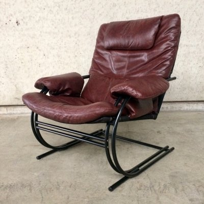 1970's Ultra Light Leather Relax Arm Chair with metal tube frame