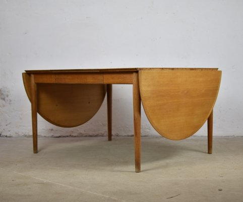 Rare drop leaf dining table in oak by Arne Vodder for Sibast, Denmark 1950's