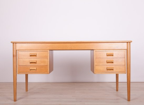 Danish Oak Desk by Børge Mogensen for Søborg Møbelfabrik, 1960s