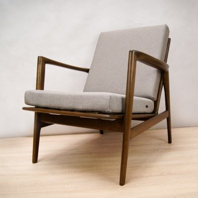 Armchair 300-139 by Swarzędzka Factory, 1960s