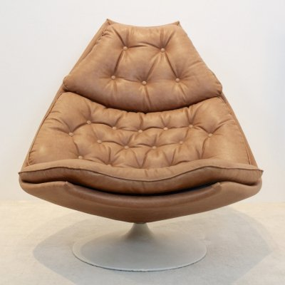 Iconic Artifort F588 Swivel Chair in Cognac Leather by Geoffrey Harcourt