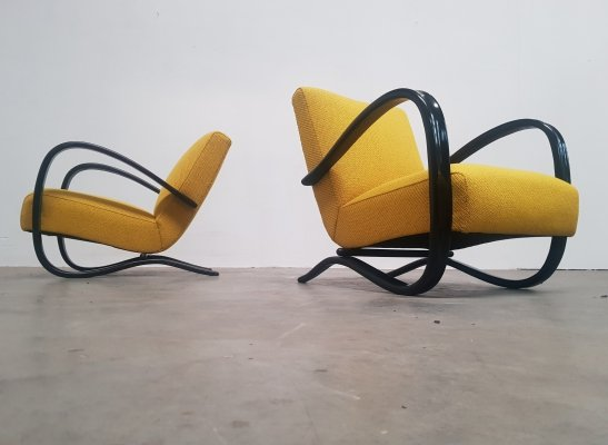 Pair of Jindrich Halabala lounge chairs, 1950s