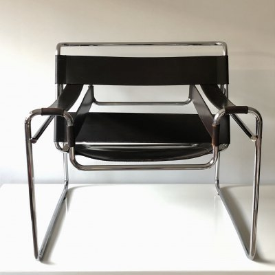 2x Original dark brown leather B3 Wassily chair by Marcel Breuer for Gavina, 1962