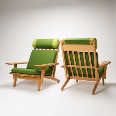 Pair of GE 375 Armchairs by Hans Wegner for Getama, Denmark 1960s