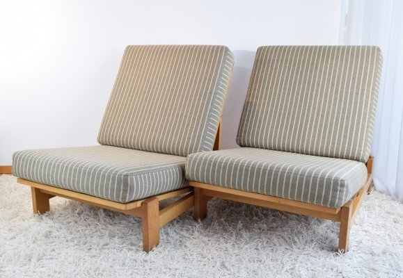 Pair of Hans Wegner GE420 Oak Lounge Chairs, 1970's