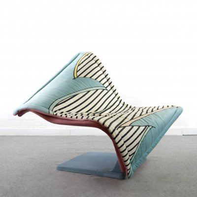 Postmodern 'Flying Carpet' Memphis Lounge Chair by Simon Desanta for Rosenthal