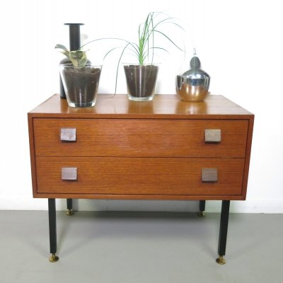 Teak chest of drawers, ca 1960