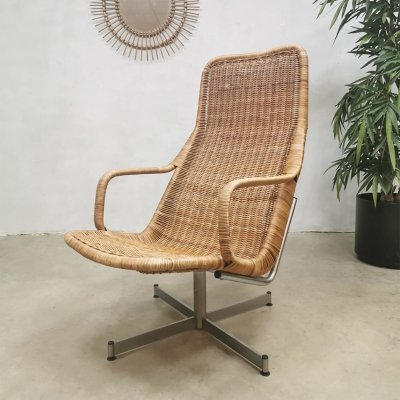 Vintage design rattan swivel chair by Dirk van Sliedregt for Gebroeders Jonkers