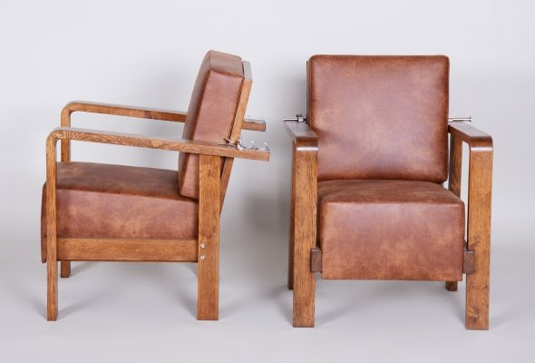 Pair of Czech Adjustable Functionalist Leather & Oak Armchairs, 1930s