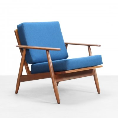 Danish design Arm chair in beech wood an wool upholstery