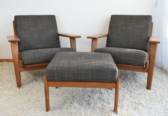 Hans Wegner GE290 Easy Chairs & matching Ottoman