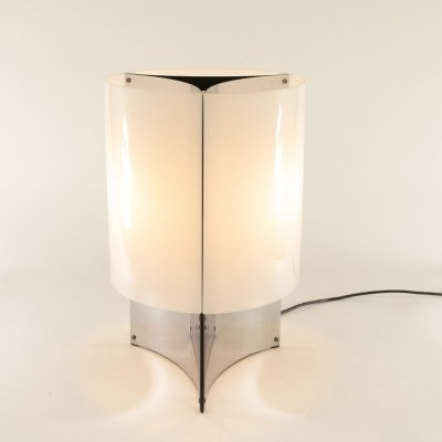 Table lamp model No. 526/P by Massimo Vignelli for Arteluce