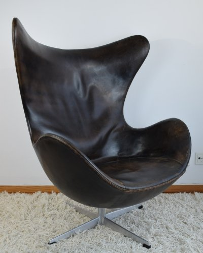 Rare First Edition Arne Jacobsen Model FH 3316 'Egg' Chair