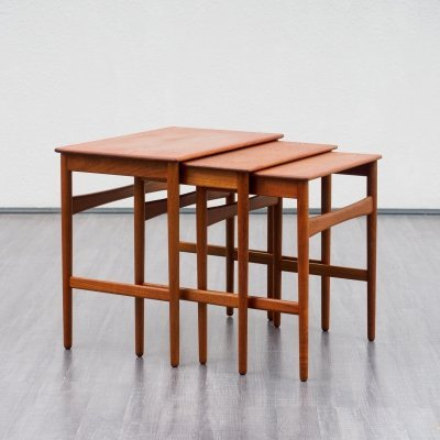 Vintage Hans Wegner teak model AT 40 nesting tables for Andreas Tuck