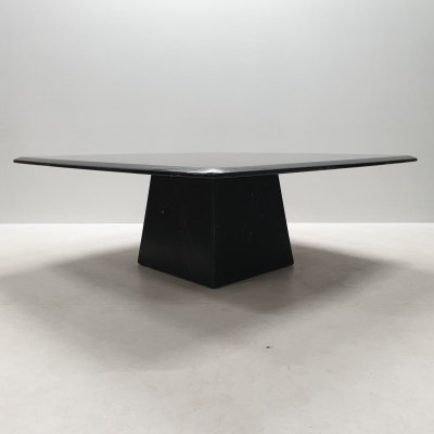 Black marble coffee table with a pyramidal base, 1980s