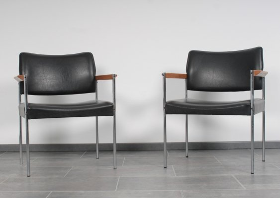 Set of armchairs with solid oak arms, 1960s