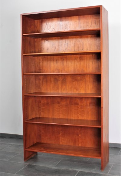 RY8 bookcase in teak by Hans Wegner for Ry Møbler, 1950s
