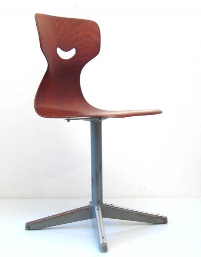 Plywood sixties vintage childrens chair